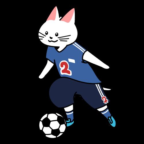 サッカーでドリブルをする猫のイラスト(ユニフォームあり)
